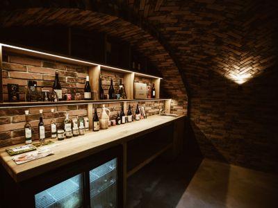 Gourmet cellar